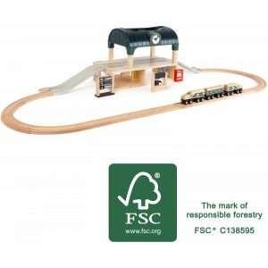 La Stazione dei treni in legno